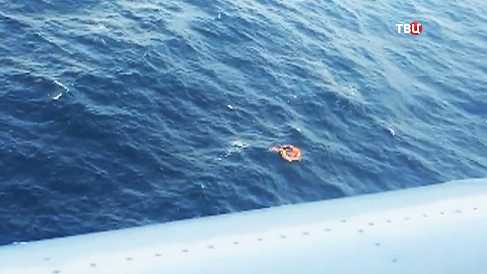 Поисково-спасательная операция МЧС в море