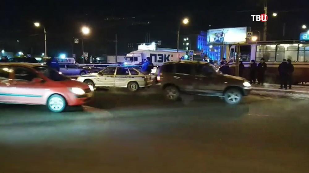Полиция на месте перестрелки в Санкт-Петербурге