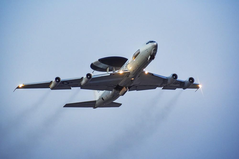 Самолет ВВС США E-3 Sentry