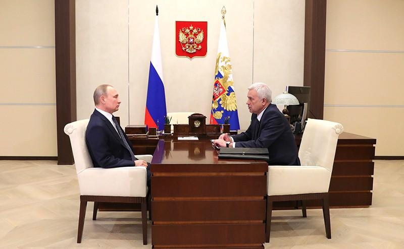 Владимир Путин и президент компании «ЛУКОЙЛ» Вагит Алекперов