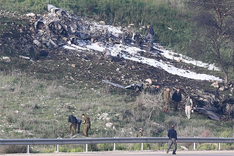 Обломки истребителя F-16 ВВС Израиля в Сирии
