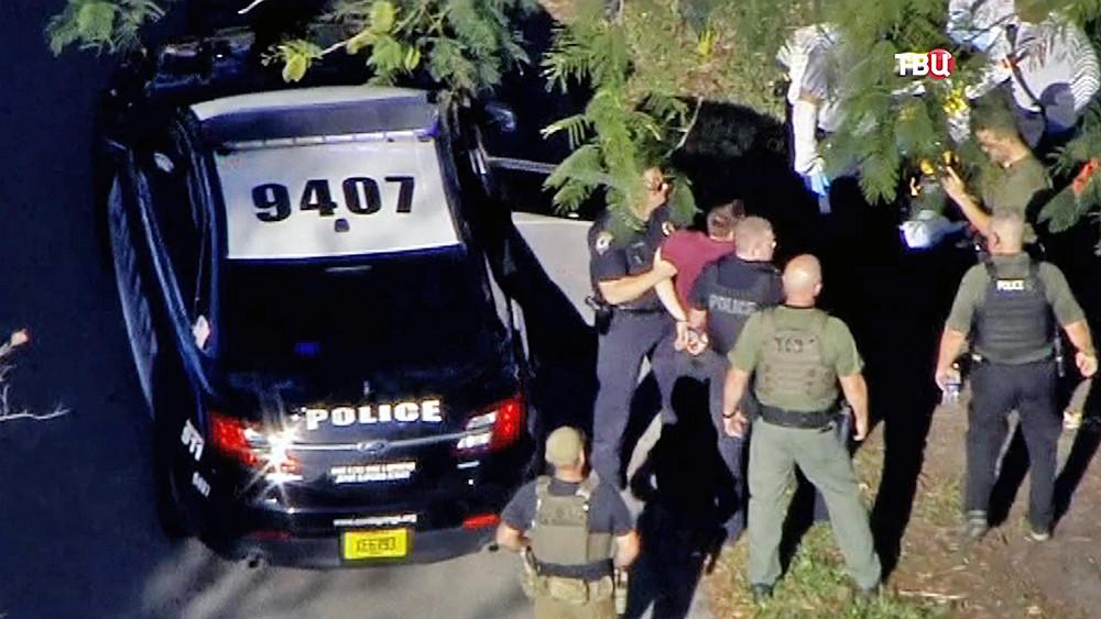 Полиция США и Николас Круз, устроивший стрельбу в школе во Флориде