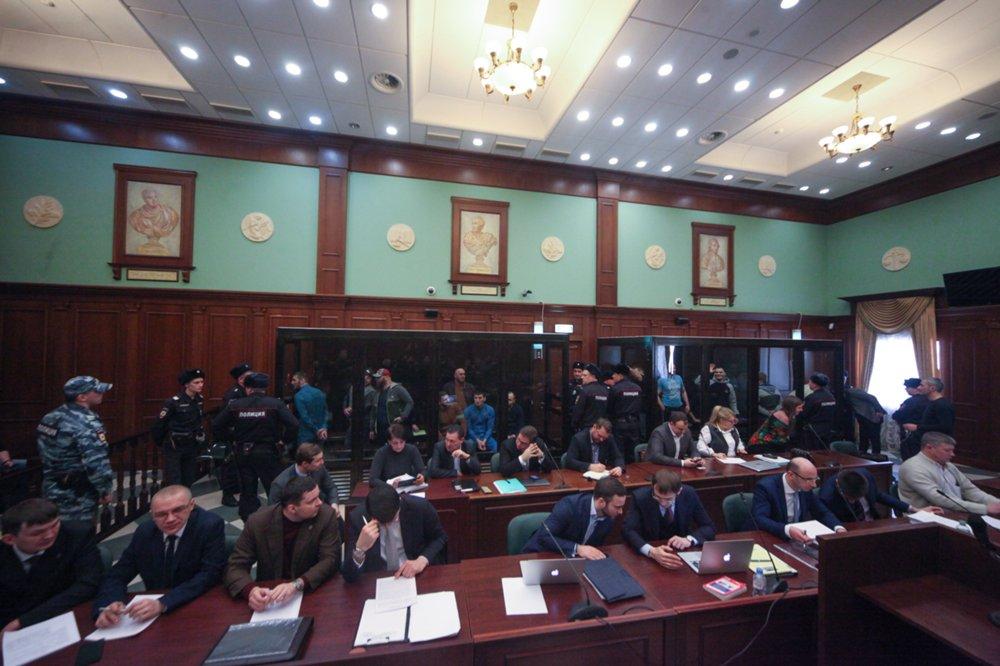 Рассмотрение по существу в Мосгорсуде уголовного дела о беспорядках на Хованском кладбище