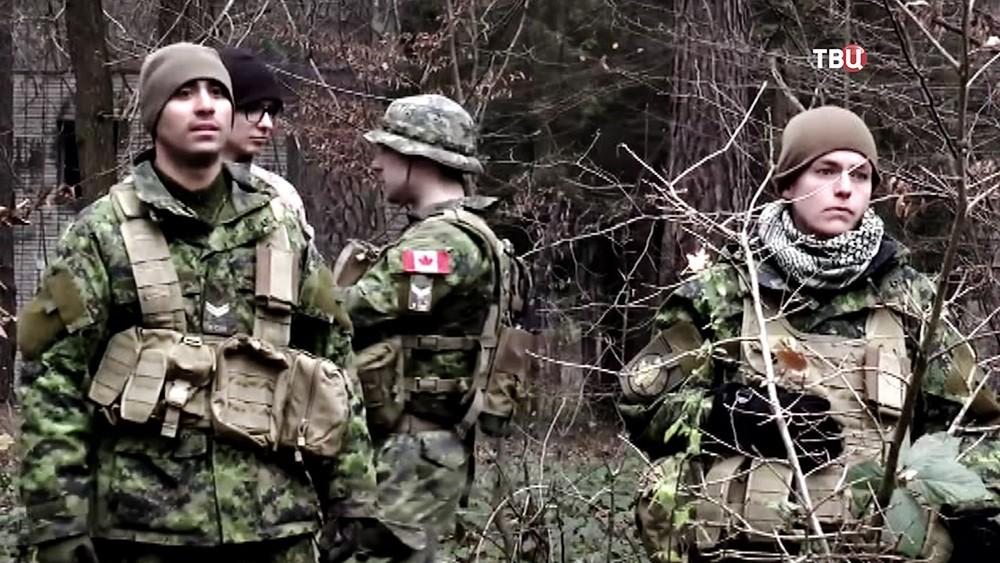 Военнослужащие армии США и Канады на Украине