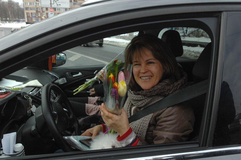 Поздравление женщин-водителей с 8 марта