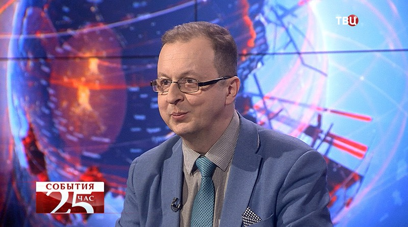 """Дмитрий Бабич, обозреватель радио """"Спутник"""" в составе МИА """"Россия сегодня"""""""