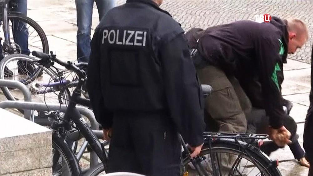 Нападение на Ангелу Меркель у Бундестага