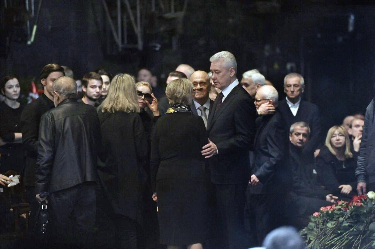 Сергей Собянин на церемонии прощания с актёром и режиссёром Олегом Табаковым