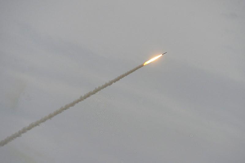 Запуск ракеты С-300 во время учений