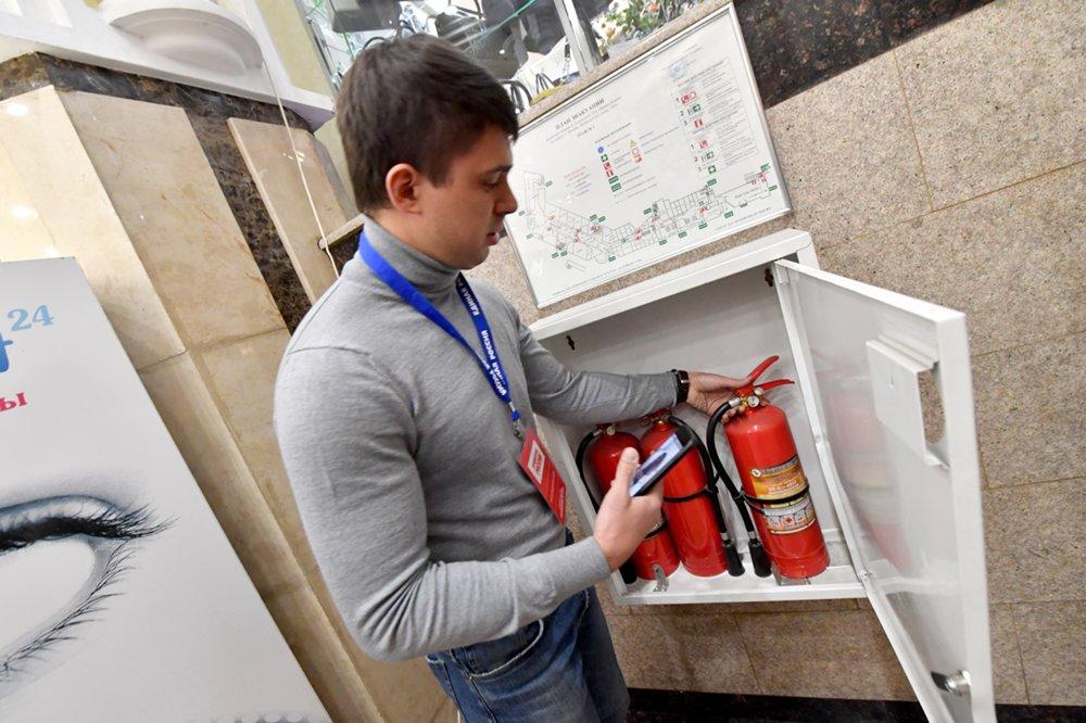 Проверка соблюдения норм пожарной безопасности в торговом центре