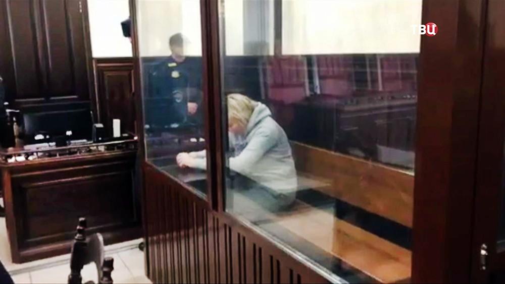 Начальница инспекции государственного строительного надзора Кемеровской области Танзилия Комкова в суде