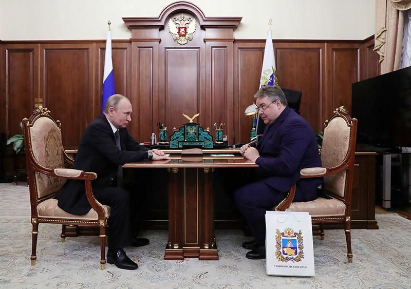 Президент России Владимир Путин и губернатор Ставропольского края Владимир Владимиров