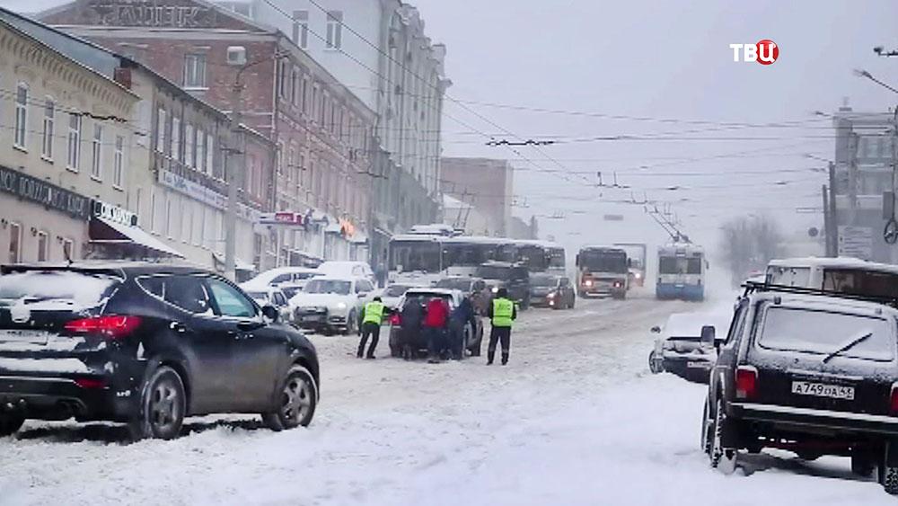 Последствия снегопада в Кировской области