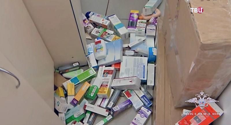 Рейд в аптеке