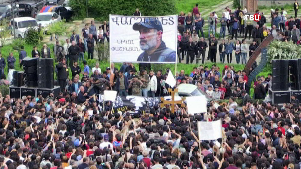 Митинг в поддержку Никола Пашиняна в Армении