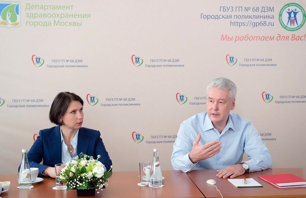Сергей Собянин обсуждает патронажную службу