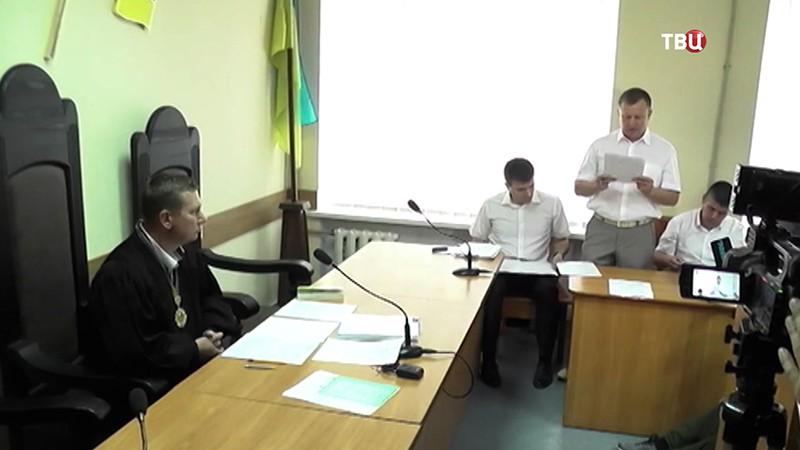 """Главный редактор сайта """"РИА Новости Украина"""" Кирилл Вышинский в зале суда"""