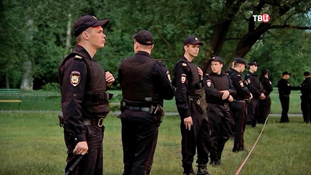 Оцепление полиции на месте происшествия
