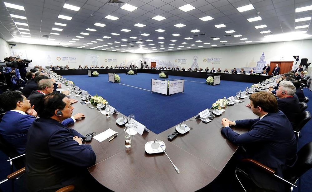 Встреча Владимира Путина с руководителями иностранных компаний