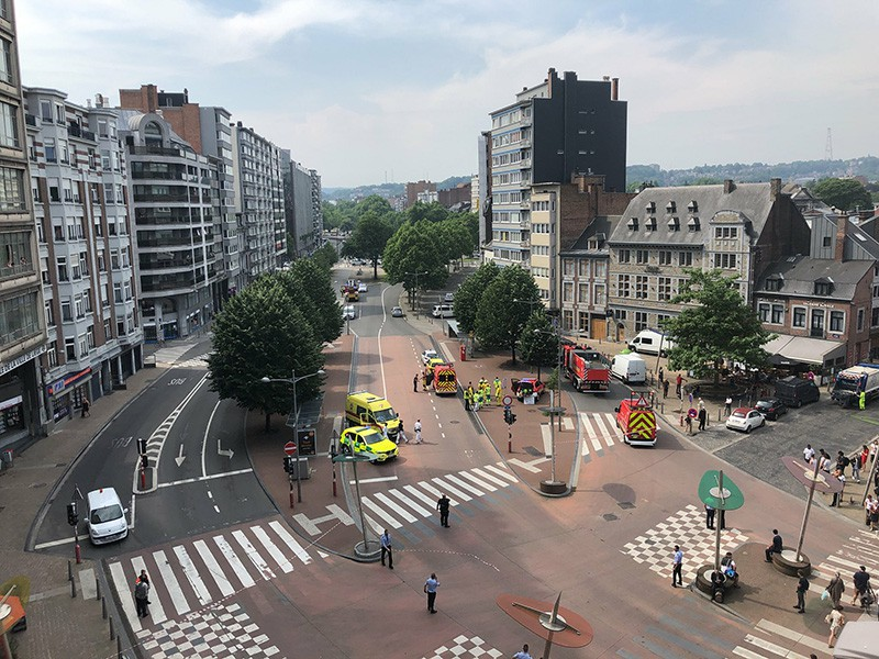 На месте стрельбы в городе Льеж, Бельгия