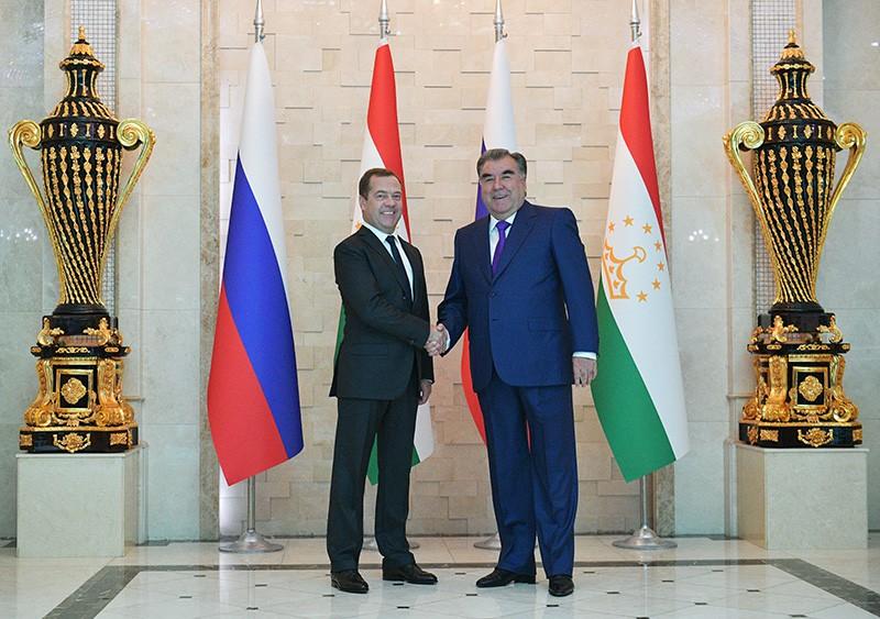 Дмитрий Медведев и президент Таджикистана Эмомали Рахмон