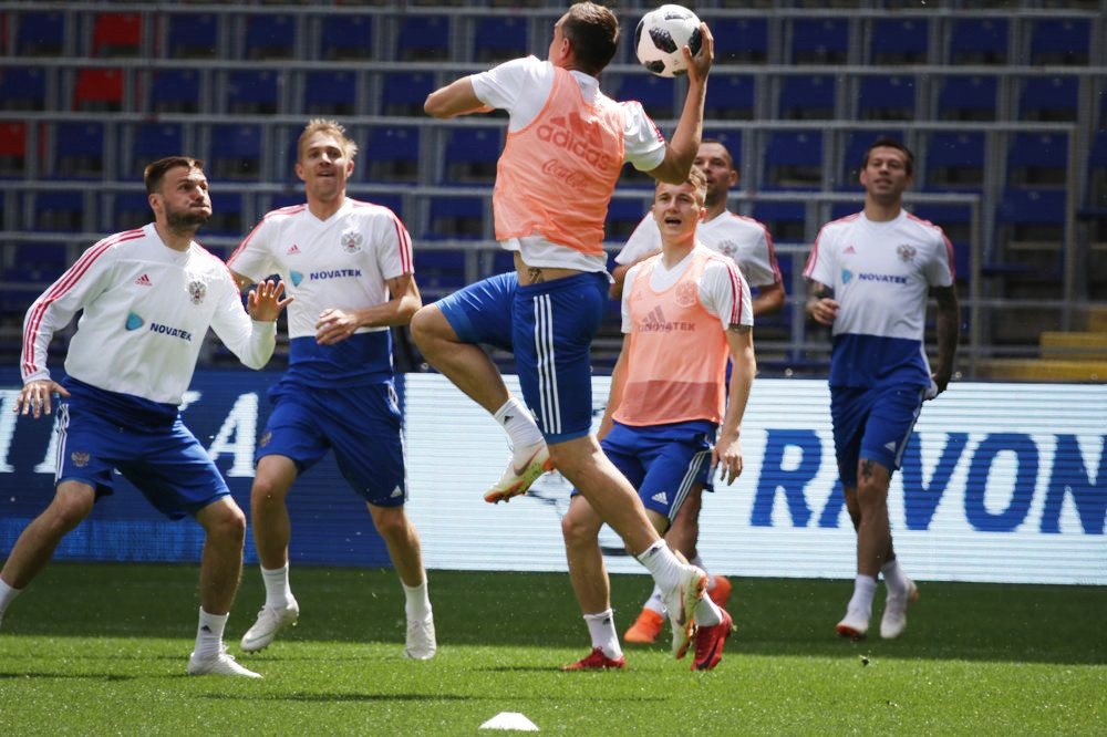 Предыгровая тренировка сборной России по футболу