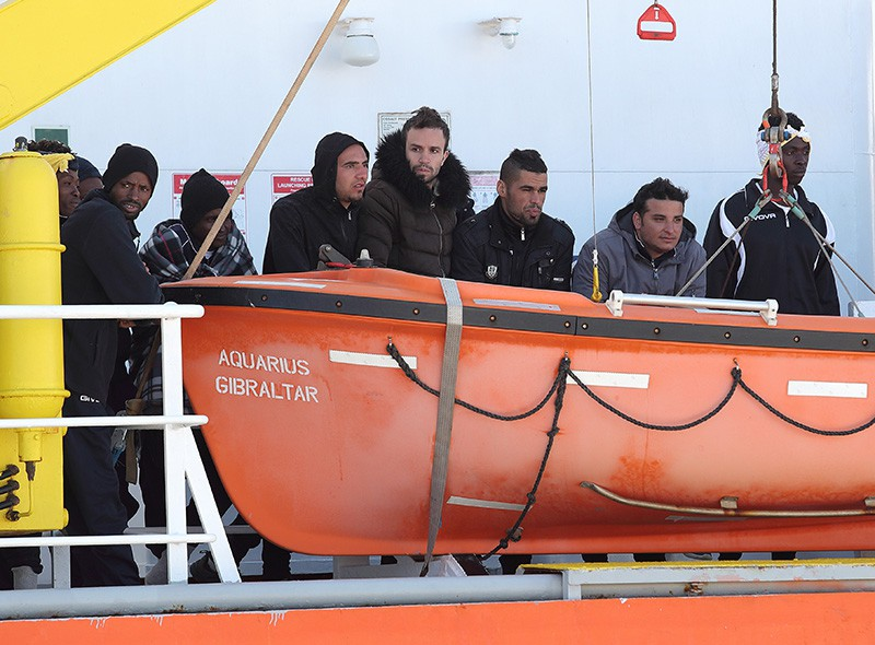 Беженцы на судне Aquarius