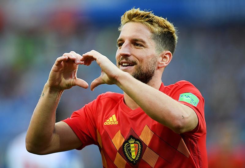 Дрис Мертенс (Бельгия) радуется забитому голу в матче группового этапа чемпионата мира