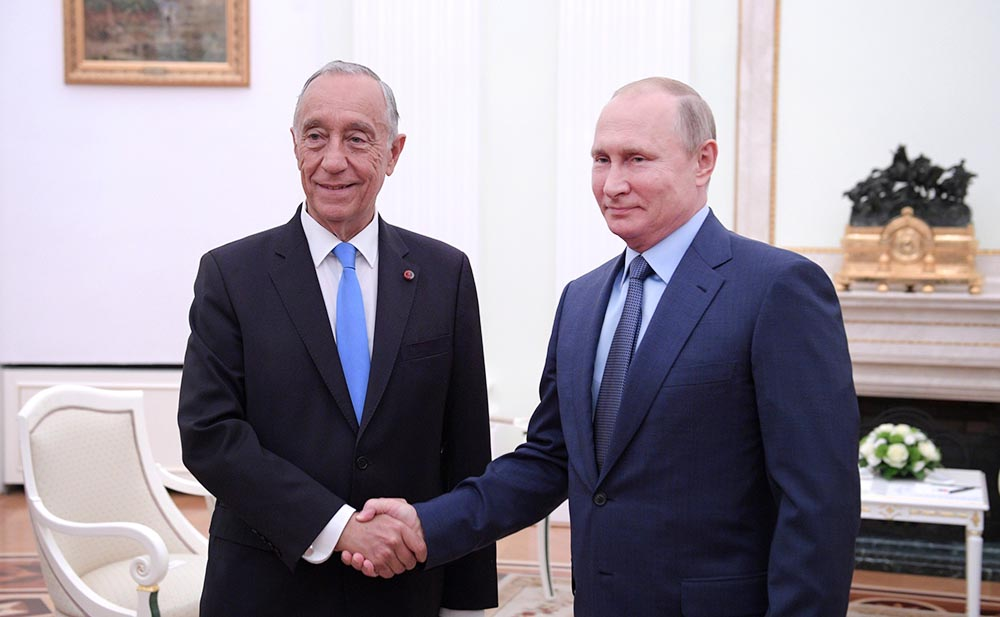 Президент России Владимир Путин и президент Португалии Марселу Ребелу де Соуза