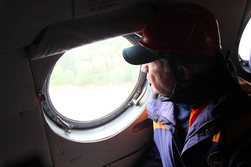 Поисковая операция спасателей МЧС России