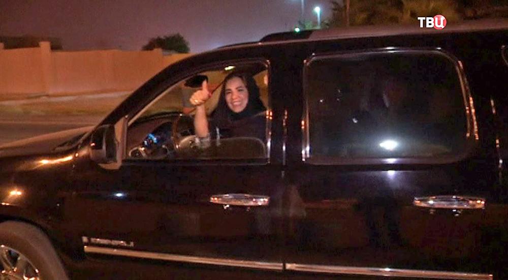 Женщина за рулем в Саудовской Аравии