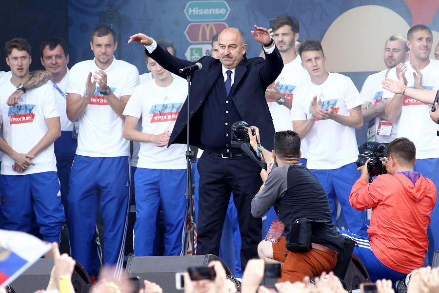 Встреча сборной России по футболу с болельщиками