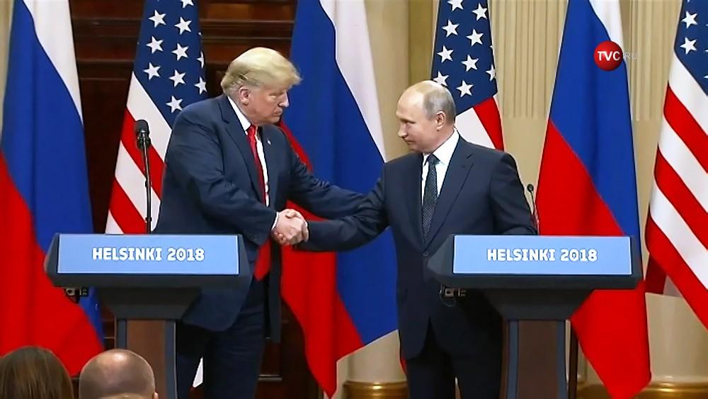 Владимир Путин и Дональд Трамп на пресс-конференции