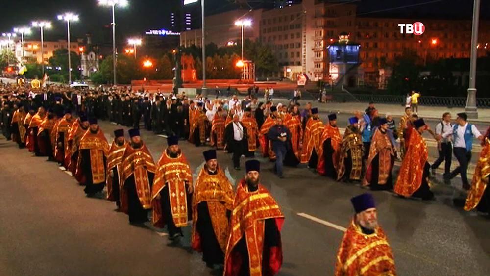 Крестный ход к месту гибели Романовых