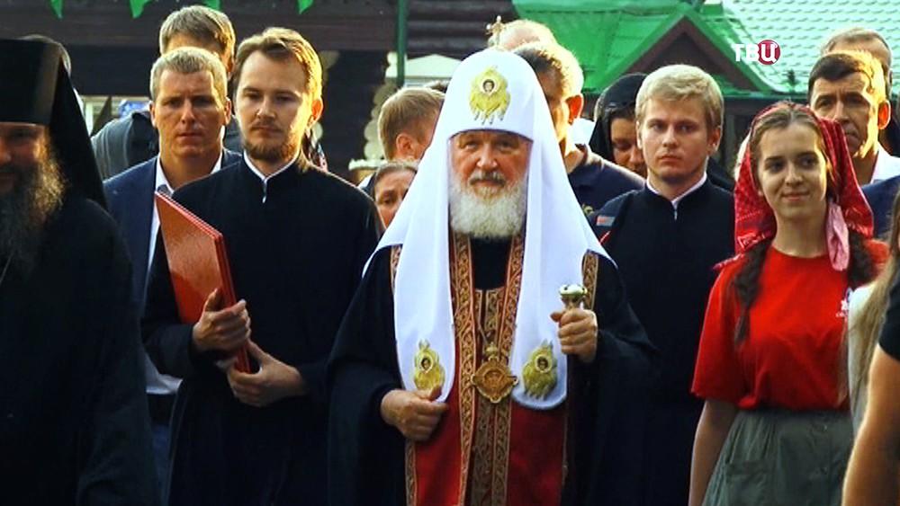 Патриарх Кирилл возглавил Крестный ход
