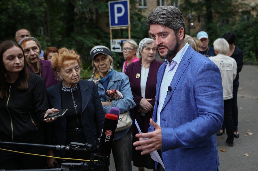 Встреча жителей столичного района Ростокино с кандидатом в мэры Москвы Ильей Свиридовым