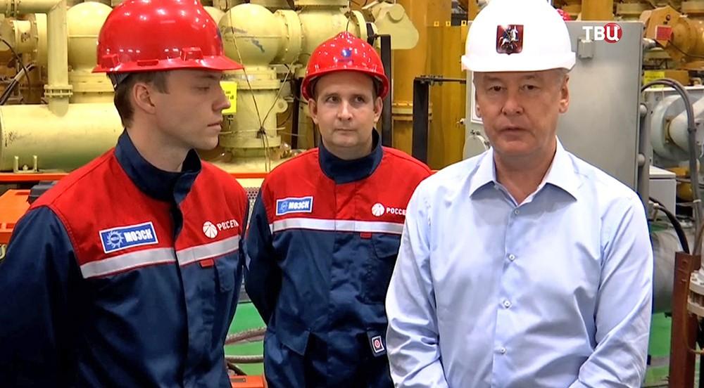 Сергей Собянин на электроподстанции