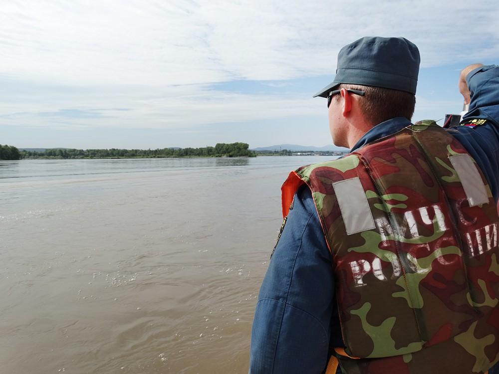 Спасатели МЧС в зоне паводков