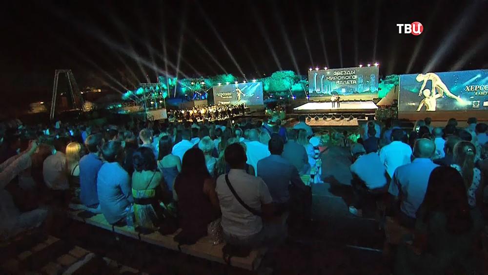 """Международный музыкальный фестиваль """"Опера в Херсонесе"""""""