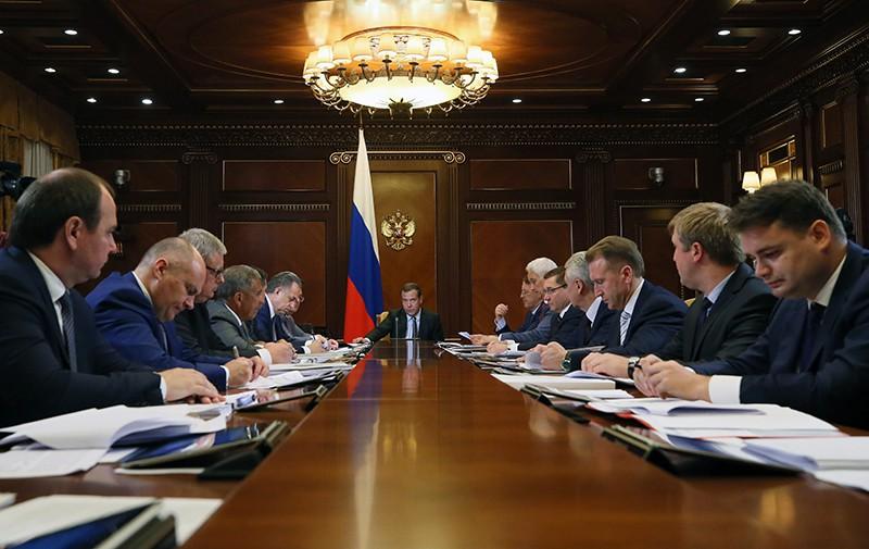 Дмитрий Медведев проводит заседание по стратегическому развитию и национальным проектам