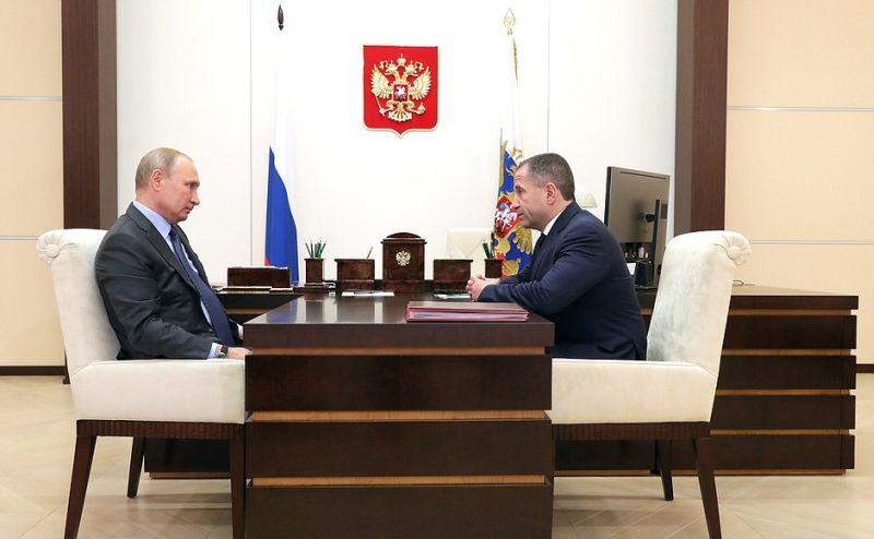 Владимир Путин и Михаил Бабич