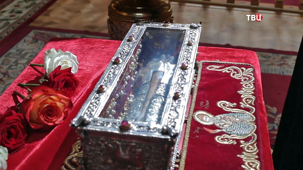 Мощи святого Спиридона Тримифунтского