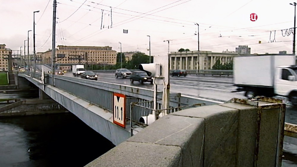 Володарский мост в Санкт-Петербурге