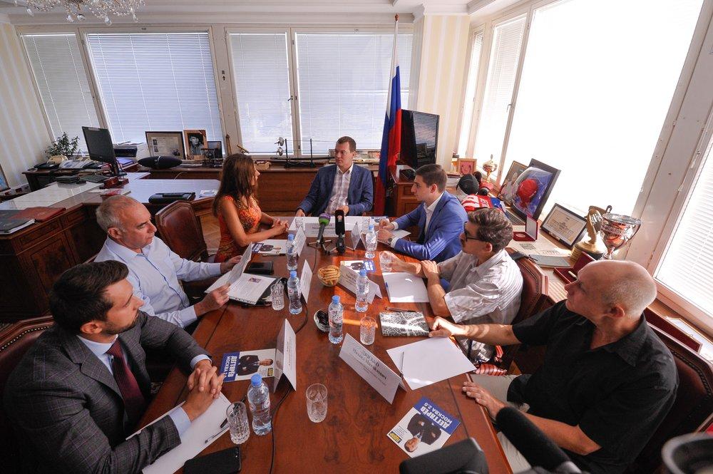 Круглый стол по экологии Москвы с участием кандидата в мэры столицы Михаила Дегтярева