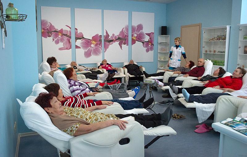 """Отдыхающие на сеансе ароматерапии в санатории """"Полтава-Крым"""""""
