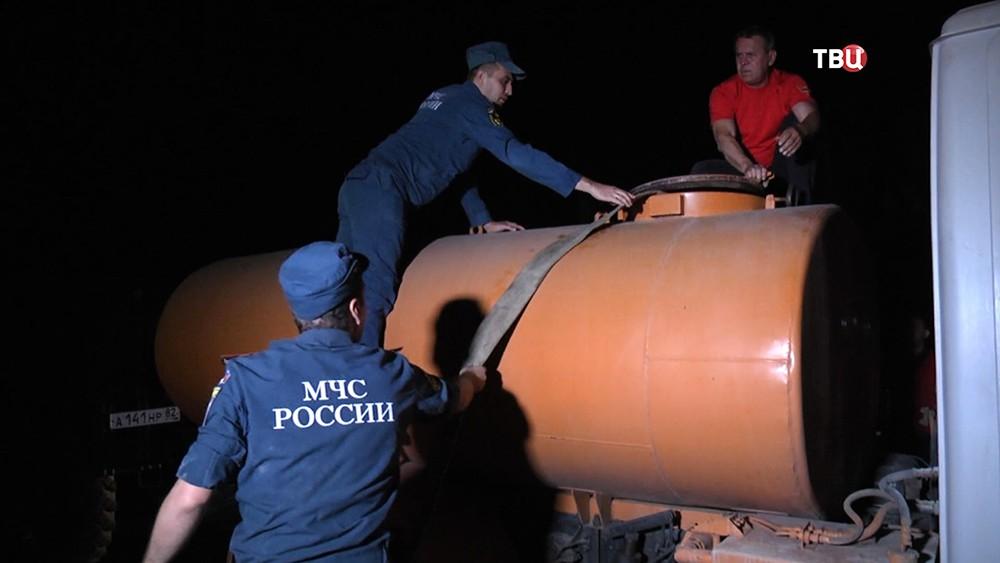 Спасатели МЧС в Крыму