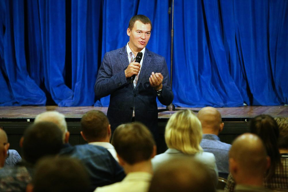 Встреча кандидата в мэры Москвы Михаила Дегтярева с жителями столицы