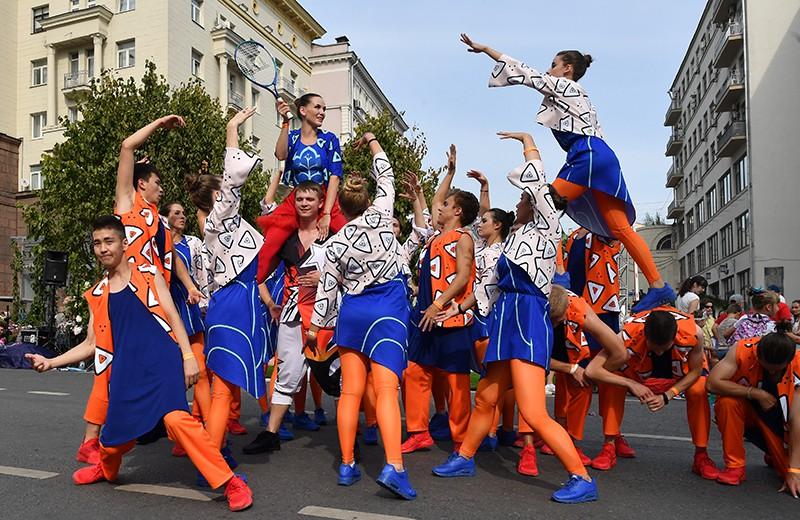 """Уличный фестиваль """"Добрая Москва 871"""""""