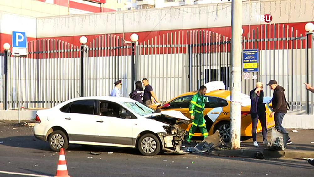Последствия наезда на людей на Новочеркасском бульваре
