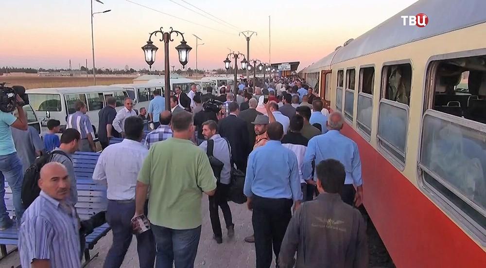 """Центральная железнодорожная станция Дамаска """"Аль-Кадам"""""""